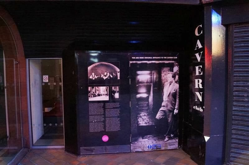 entrada The Cavern