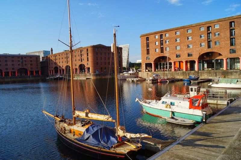 docks Albert Dock liverpool