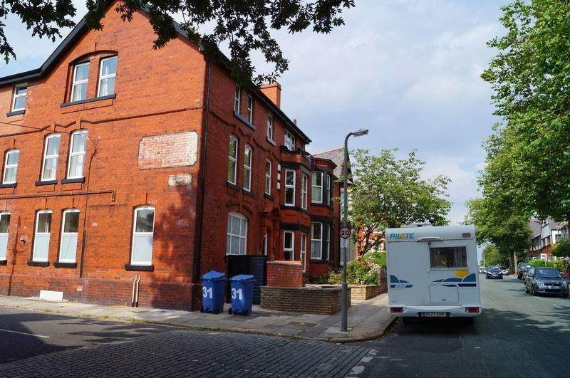 penny lane, lugares de canciones de Beatles, el Liverpool de los Beattles, calles de canciones, infancia de los Beatles, Paul Mccartney