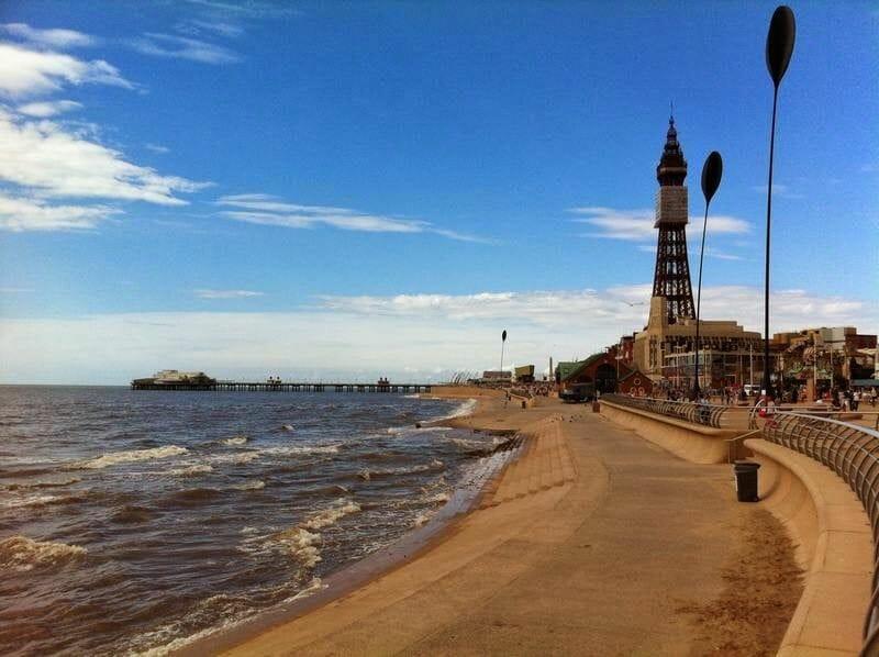 Torre de Blackpool Inglaterra y el mar