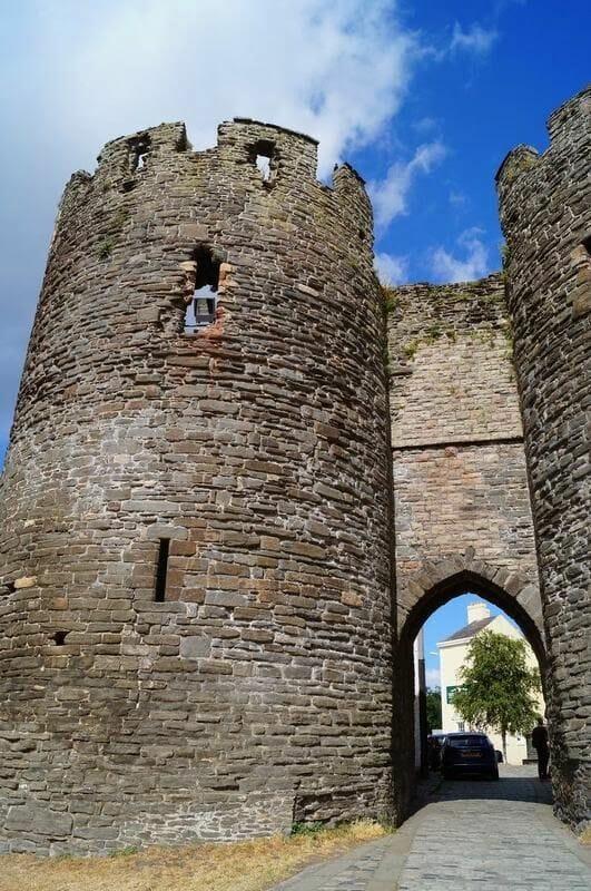 puerta muralla de Conwy