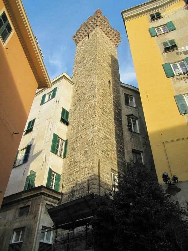 calles genova casas Qué ver en Génova en un día