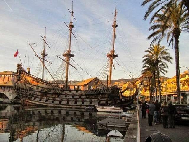 barcos puerto Qué ver en Génova en un día