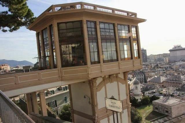 ascensor colina de la Spianata di Castelletto