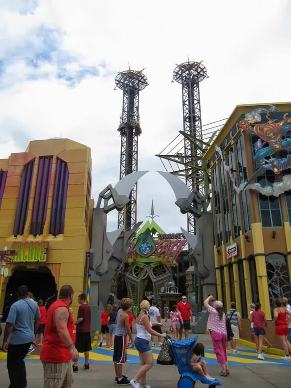 Doctor Doom's Fear fall - Universal Islands of Adventure