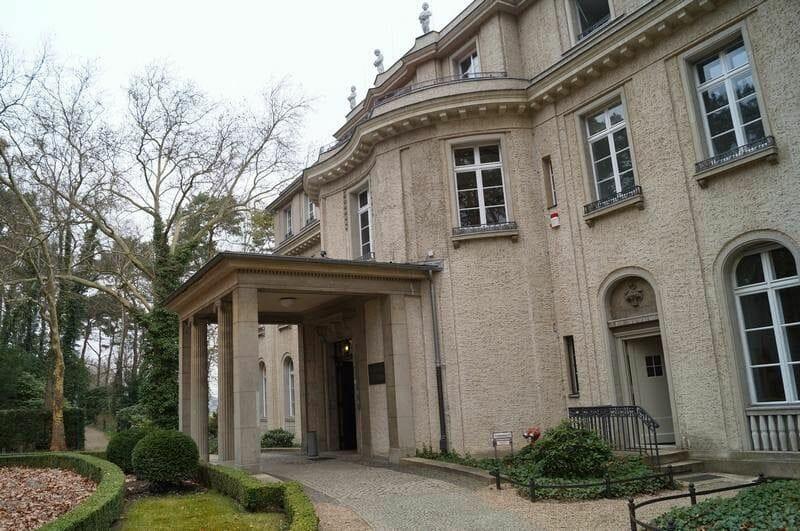 fachada casa de la conferencia de Wannsee
