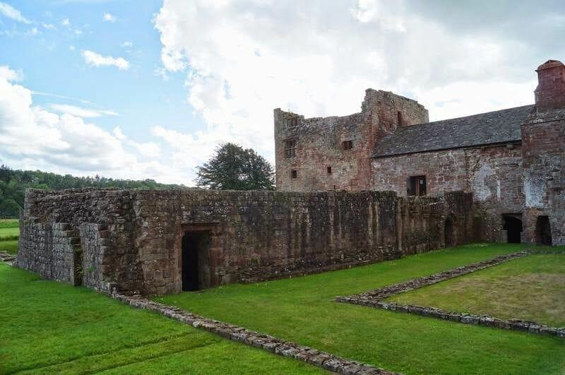 lanercost priory ruinas