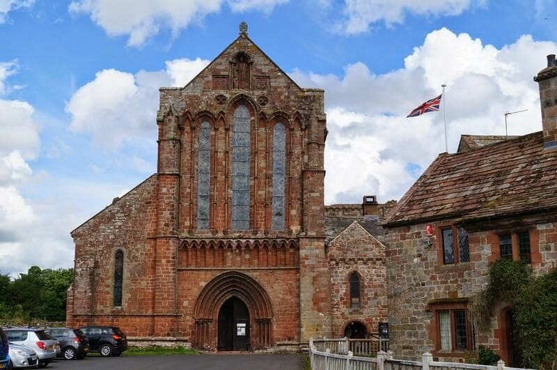 Lanercost priory fachada