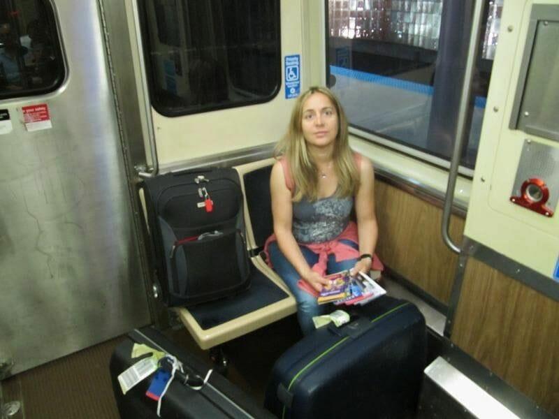 tren aeropuerto chicago interior vagón