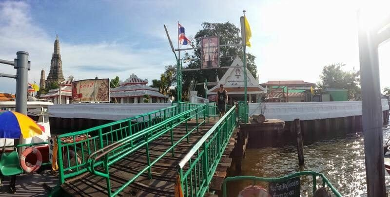 Wat Arun puerto