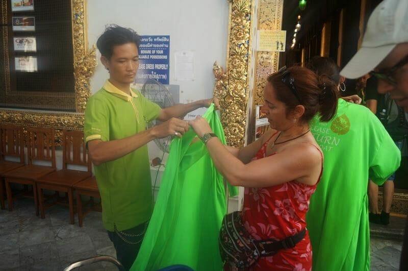 ropa para entrar Wat Pho Bangkok
