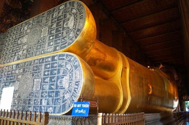 Wat Pho templo buda reclinado