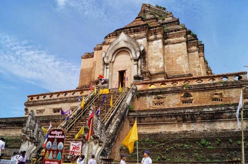 chedi templo Wat Chedi Luang
