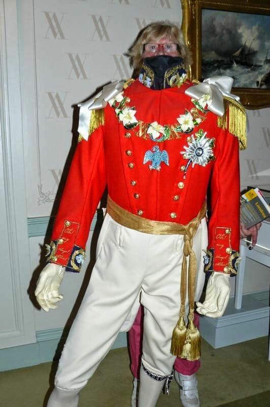 traje de kensington palace