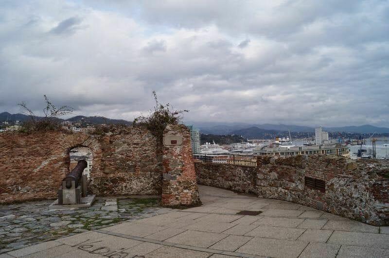 vistas desde Priamar de Savona