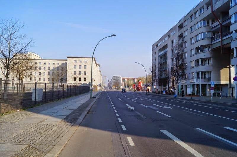 calle Wilhelmstrasse - Berlín en 4 días