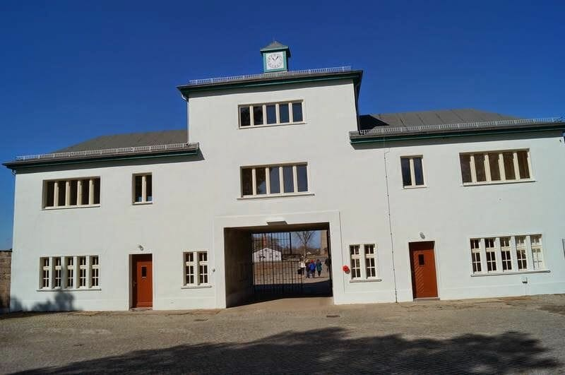campo de concentración de Sachsenhausen entrada
