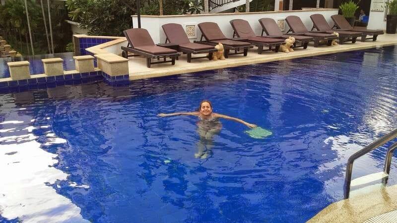 piscina de hotel Tara