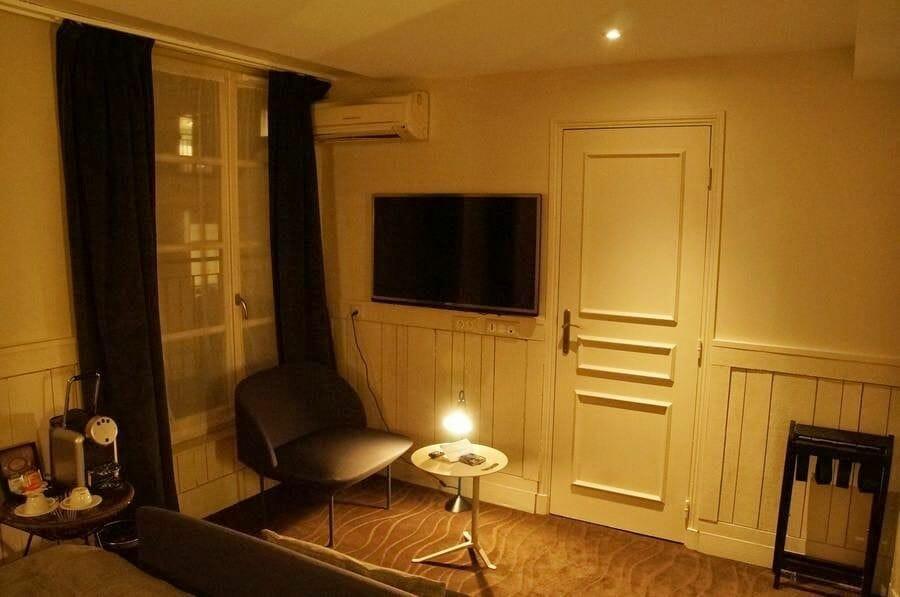 hotel Hélios Opera en París habitación