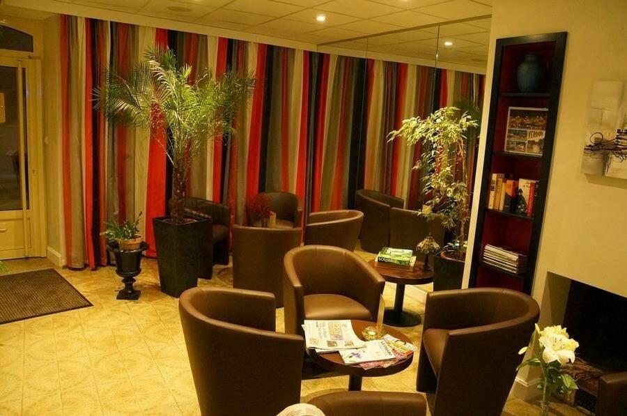 hotel Montaulbain recepcion