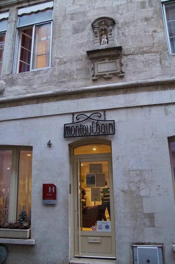 hotel Montaulbain entrada