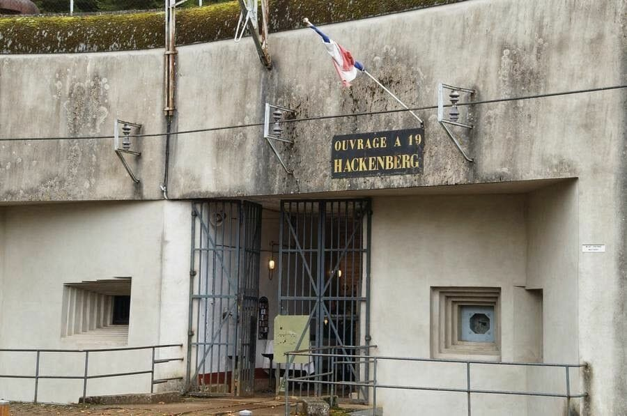 puerta del fuerte de linea maginot