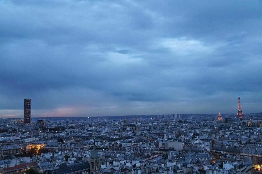 torre de Montparnasse y torre Eiffel