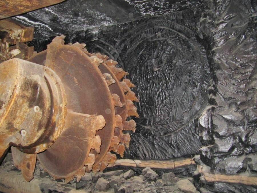 Mina serbariu, carbonia, mina italiana, mina carbon, visita turistica de minas