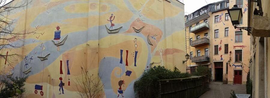Patio de la criatura mítica del Kunsthofpassage