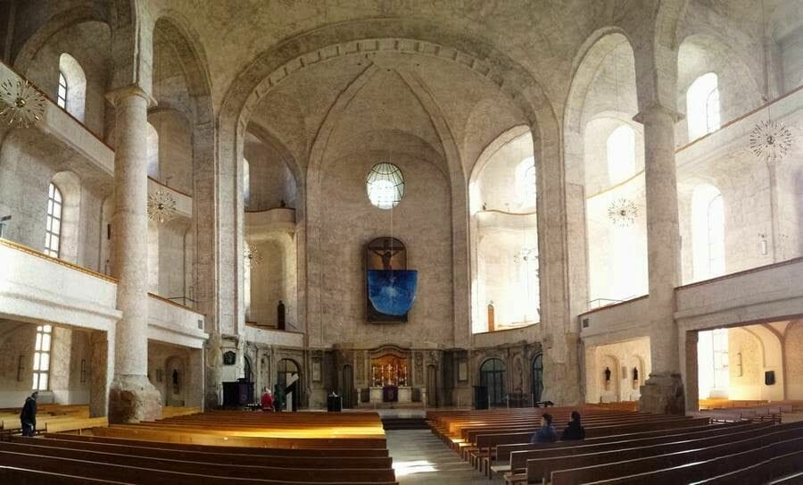 Kreuzkichner Dresden interior nave principal