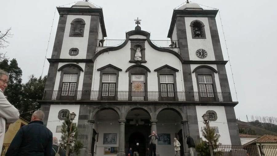 fachada la iglesia de Nuestra señora de Monte de Funchal