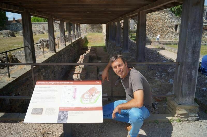restos arqueológicos abadia san agustin