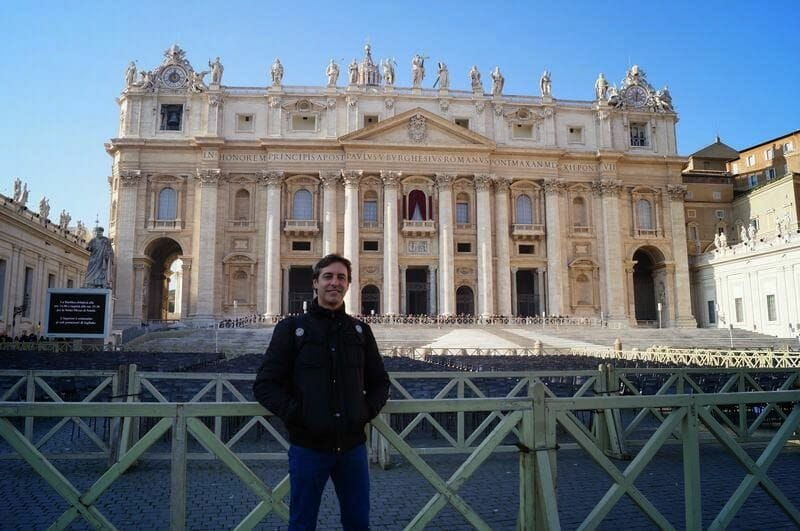 fachada Basílica de San Pedro