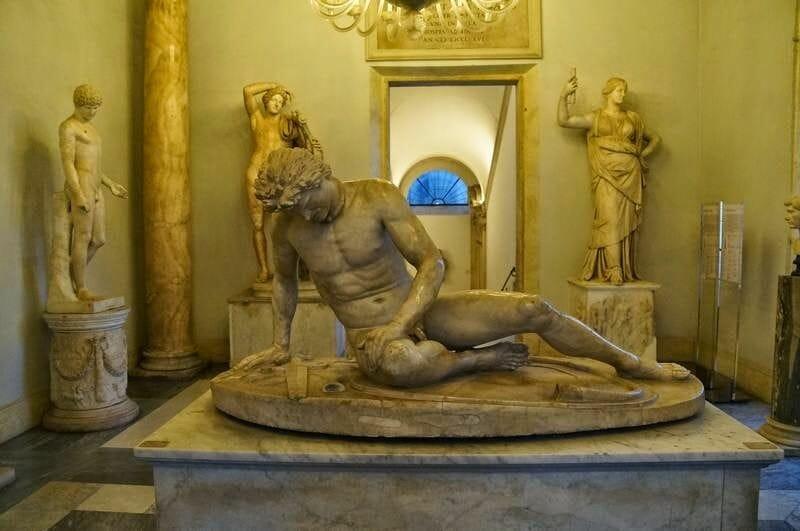 Galo moribundo - museos Capitolinos