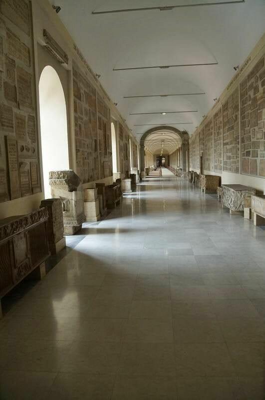 La Galleria Chiaramonti galeria lapidaria