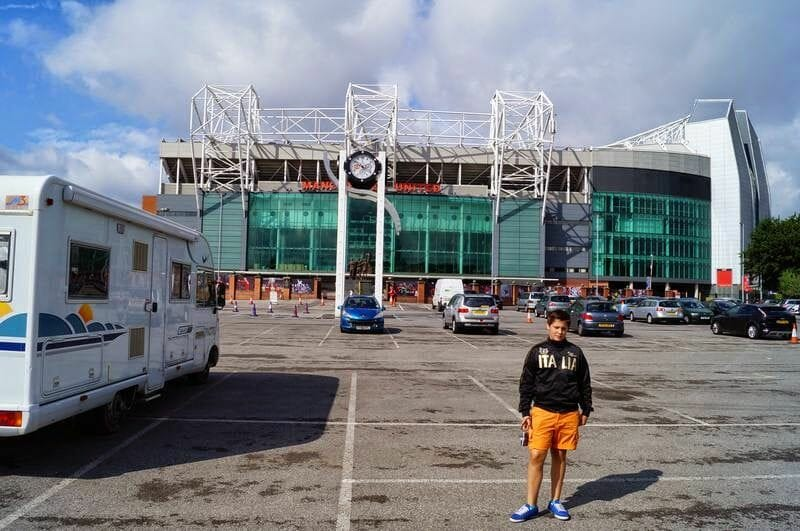 parking estadio Manchester United