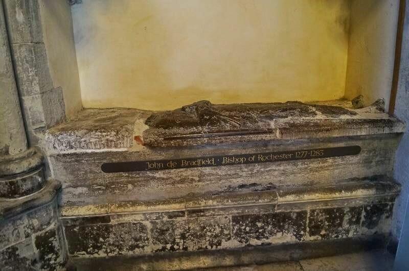 tumba obispo de rochester