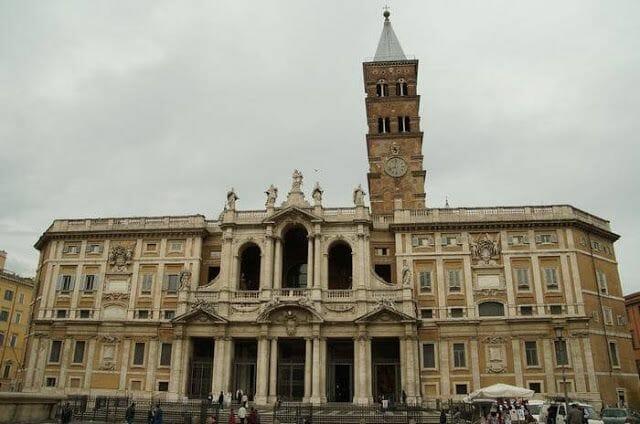 Santa María la Maggiore fachada