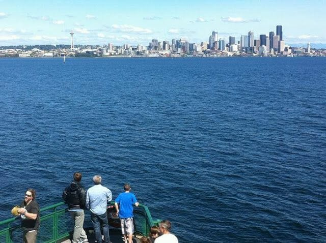 bainbridge ferry, Seattle, puerto Seattle, vistas Seattle desde el mar