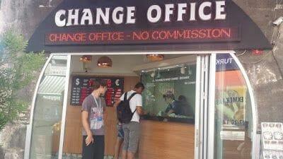 cambiar moneda estambul