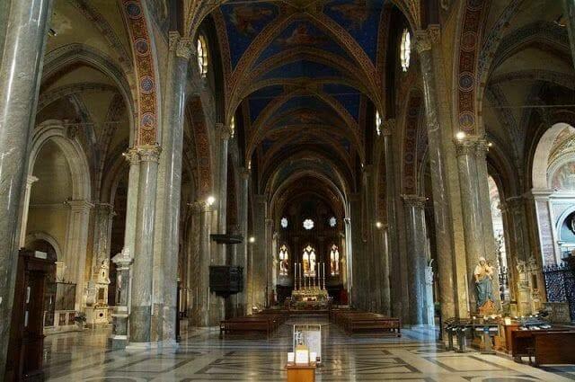 Iglesia Santa Maria Sopra