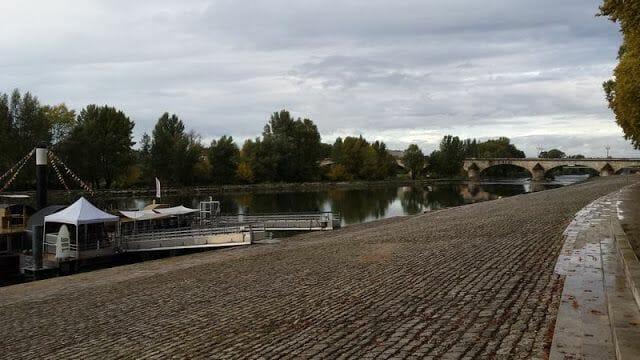 río Loira al paso de orleans