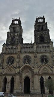 catedral de orleans dentro de ruta castillos Loira