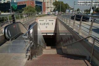 parada metro levent estambul