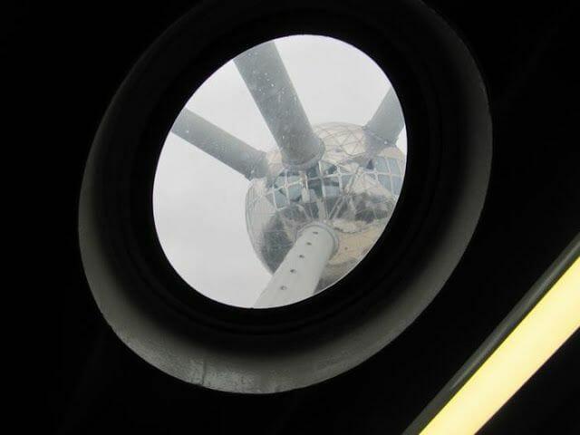 atomium bruselas desde dentro