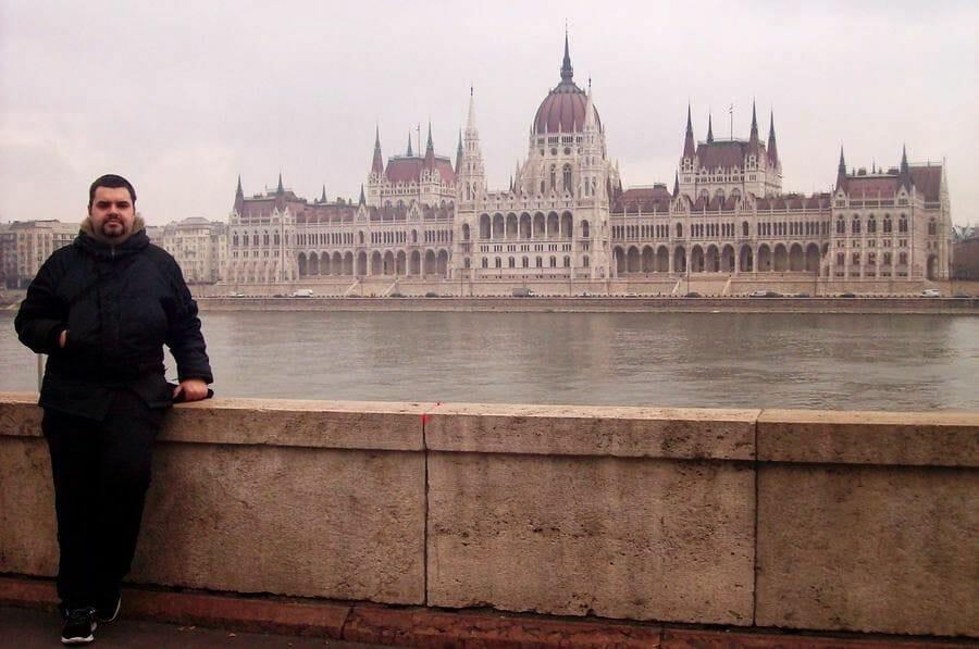 parlamento Budapest desde la otra orilla del río, desde Buda