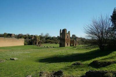 Mausoleo de Cecilia Metela