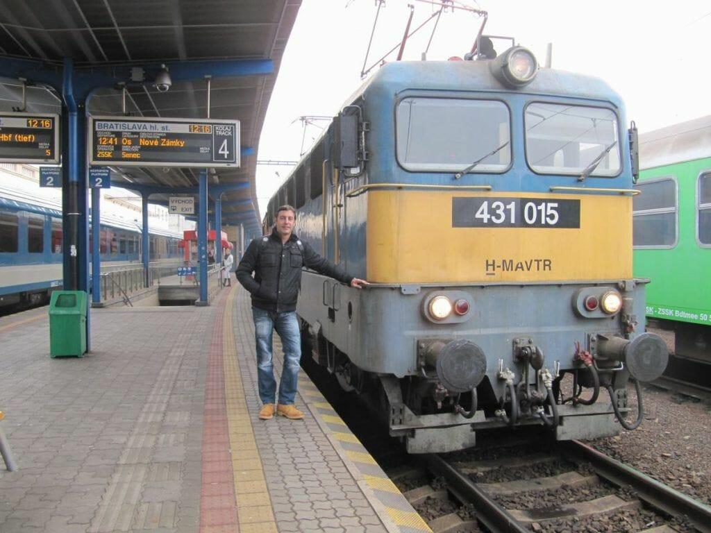 estacion tren eslovaquia bratislava