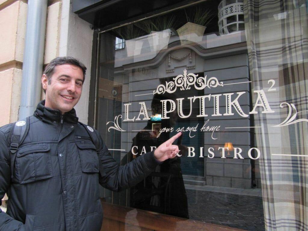 bar la putika en bratislava