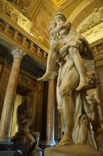 Eneas y Anquises de Bernini (Galleria Borghese)